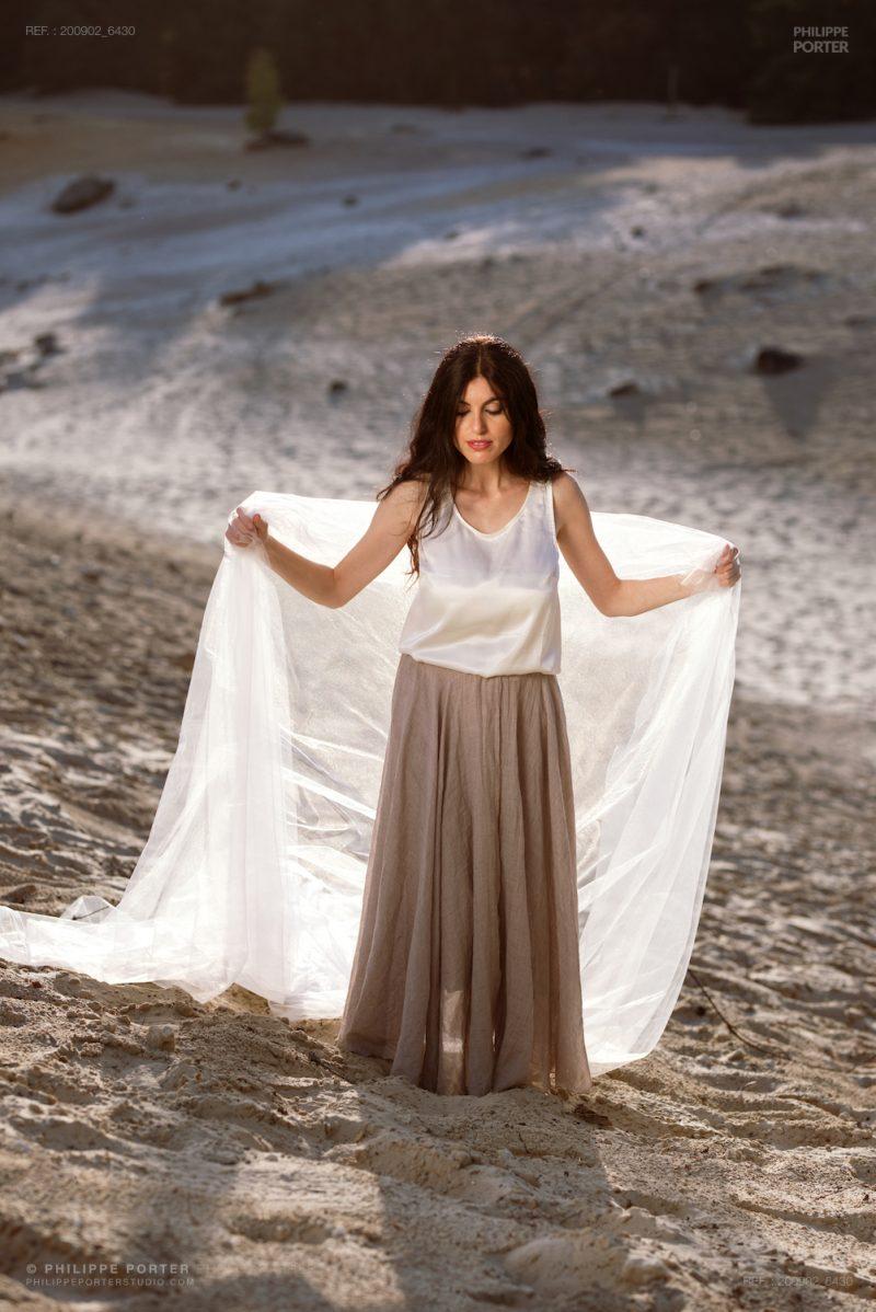 Gera Bertolone singer musician Fashion lookbook Portrait by Philippe Porter photographe paris genève